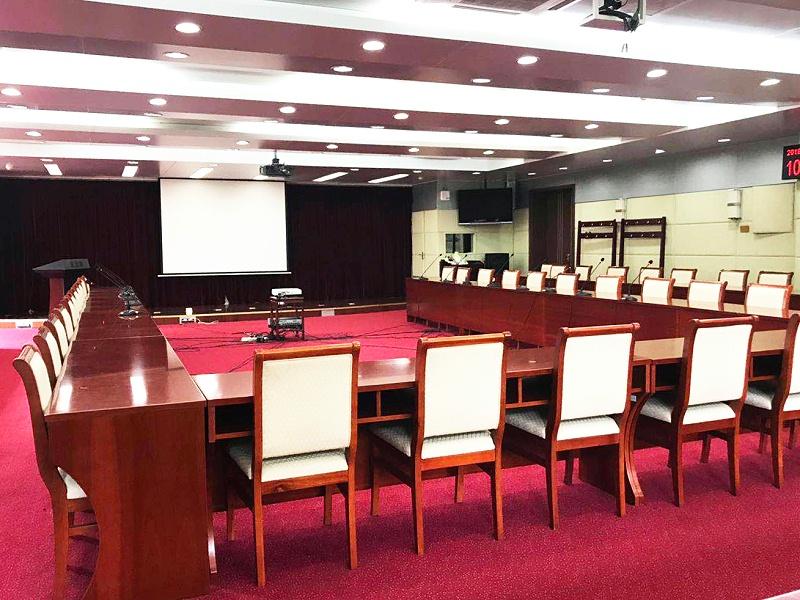 解决会议室音响设备中的噪音和干扰问题
