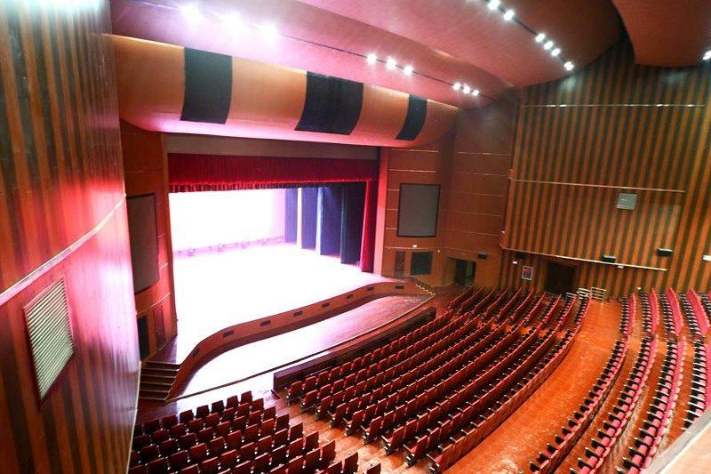 舞台演出音响调试与音响设备布置