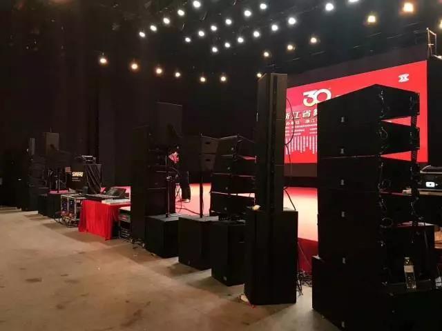 舞台音响在舞台美术中的重要组成