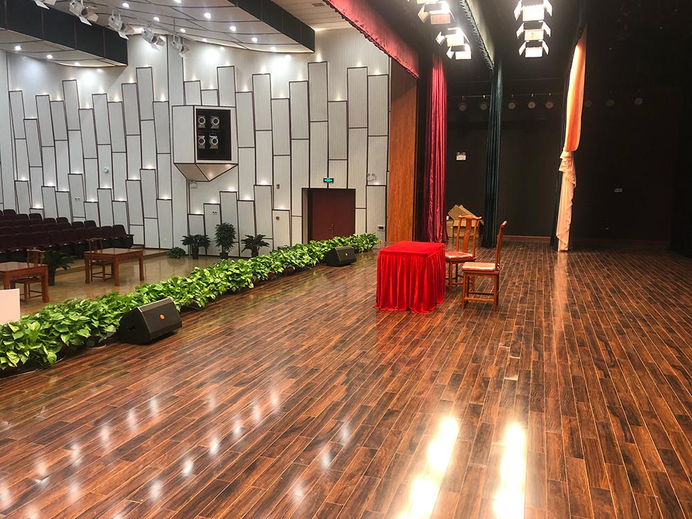 周家务剧院使用PRS舞台音响