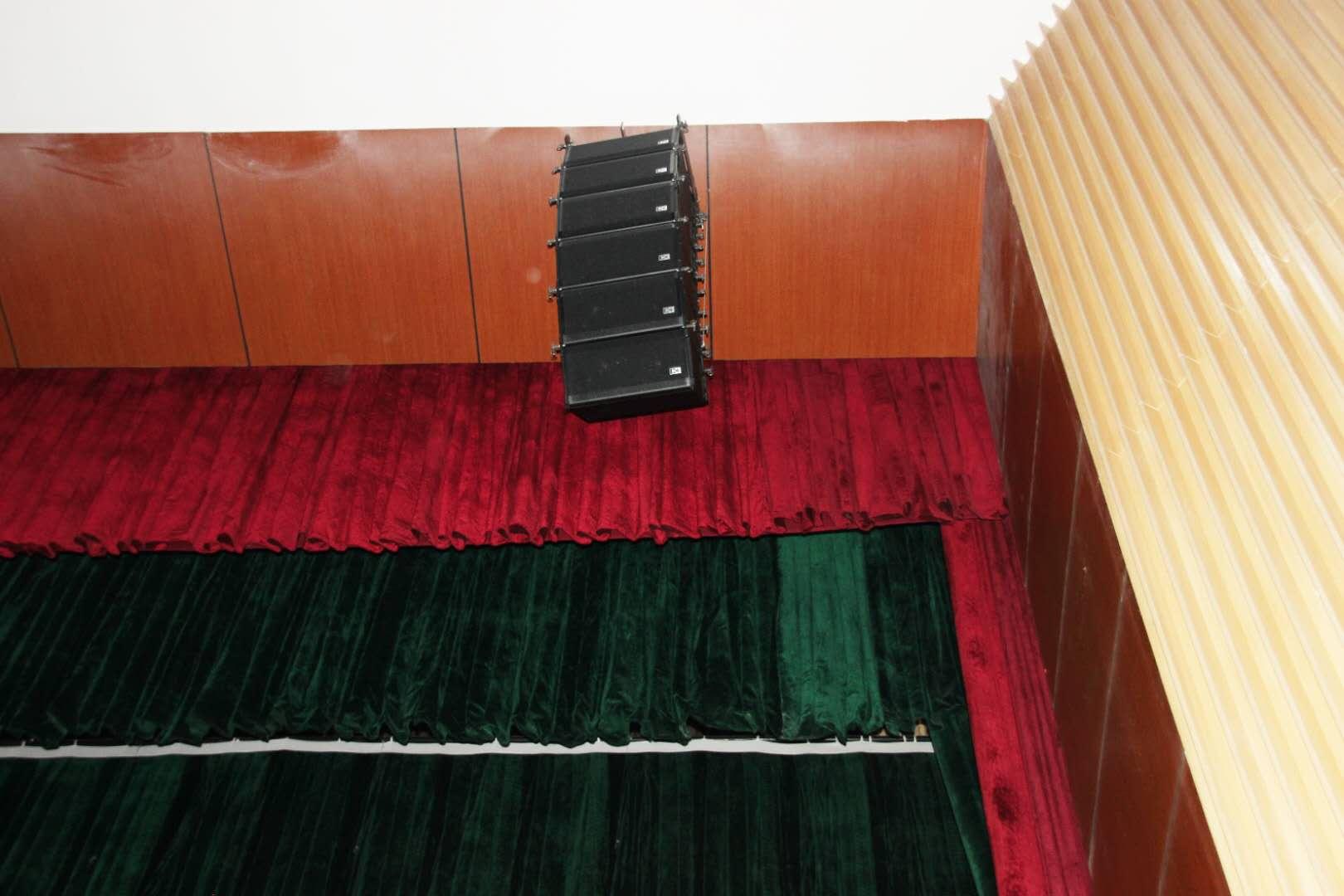 音响设备在舞台演出中的运用