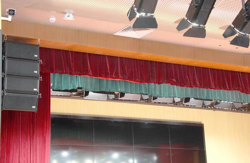 北京二中学校礼堂蒙特宝舞台音响