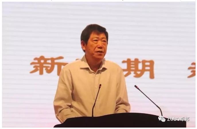 漯河市人民政府副市长栗社臣致辞