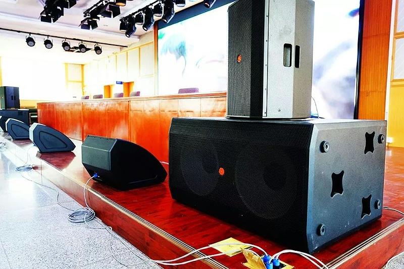 专业舞台音响设备的组成部分